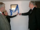 Unveiling the plaque near the new laboratories